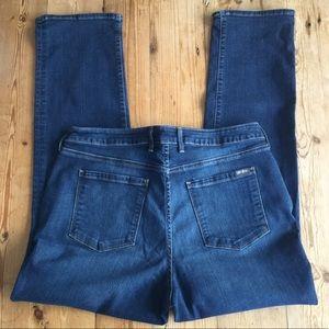 Eddie Bauer Curvy Cut Straight Leg Jeans